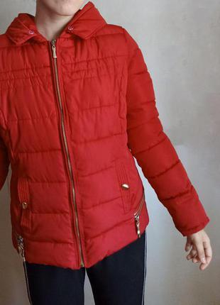 Красная теплая зимняя короткая женская куртка, курточка зима, пуховик