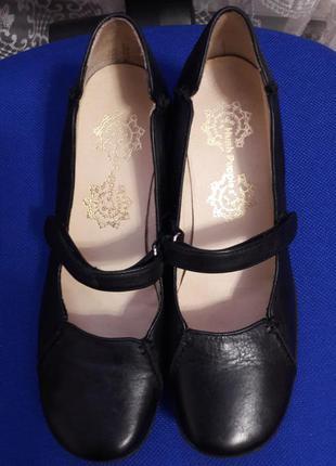 Брендовые кожаные туфельки известной фирмы  hush puppies оригинал