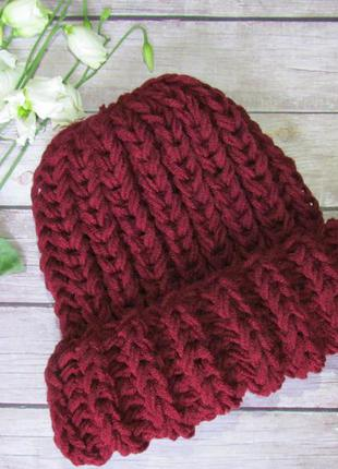 Новая обьемная шапка / шапка крупной вязки бордо hand made