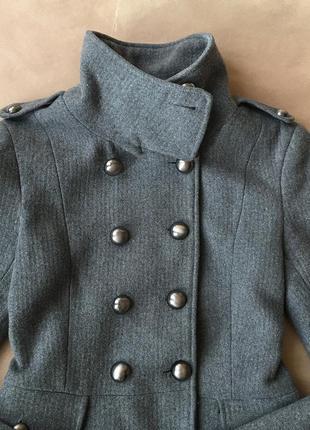 Шерстяное пальто мундир