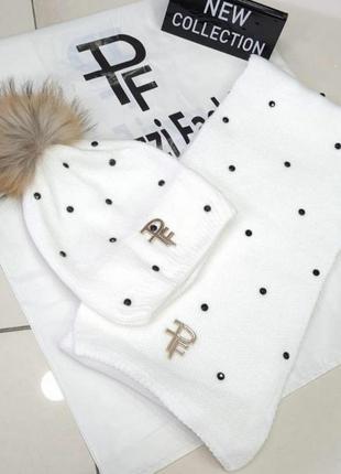 Шикарный комплект , люкс качество,шапка с меховым бумбоном и шарфтк, paparazzi.