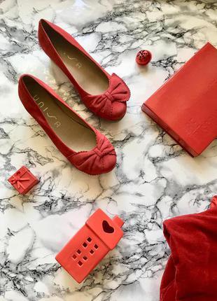 Брендовые замшевые туфли