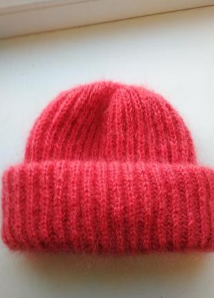 Красивая шапочка в стиле такори из королевского махера