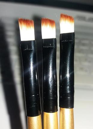 Скошенная кисть для макияжа, для бровей, стрелок и губ