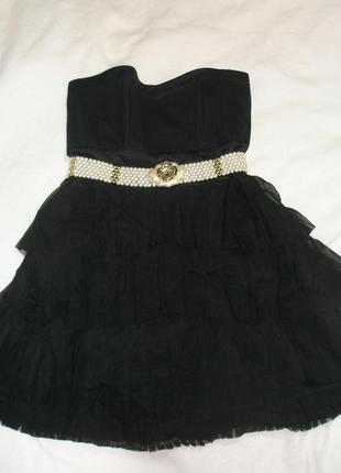 Красивое нарядное платье warehouse.