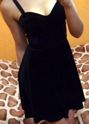 Бархатное платье bershka