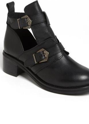 Ботинки кожа topshop 25 см стелька
