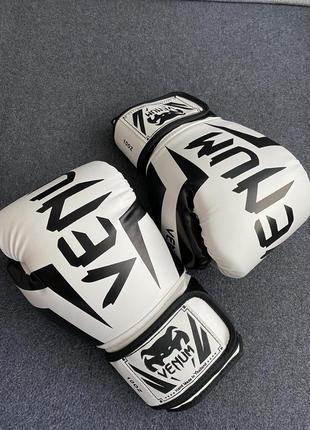 Перчатки для бокса venum(размер 10)