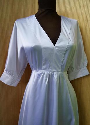Винтажное летнее атласное нарядное коктейльное белое платье bershka m/l2