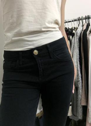 Джинсы, брюки, джегинсы