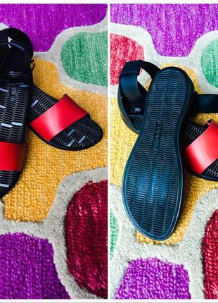 Шкіряні сандалі ecco black & red tilda