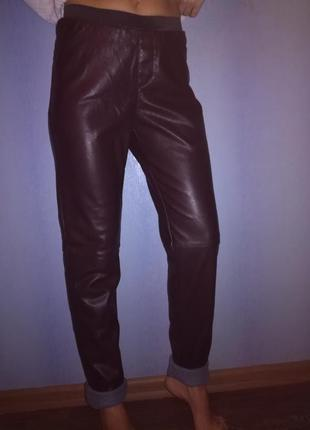 Брюки джинсы кож.зам hema