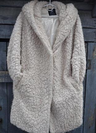 Плюшевое пальто с капюшоном оversize, бойфренд, шуба, полушубок atmosphere р. m/l