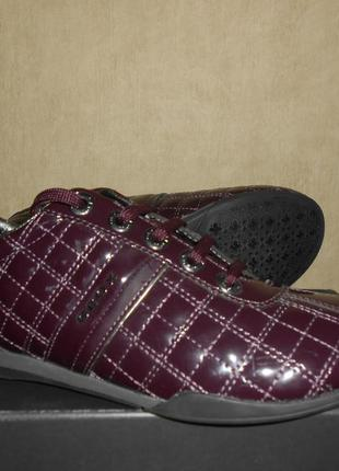 Туфли-кроссовки geox р.38-25,4см. оригинал