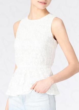 8-10 роскошная нарядная кружевная блуза с баской с открытой спинкой