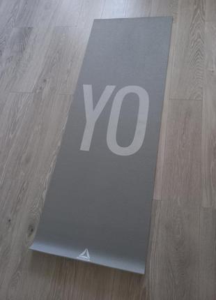 Коврик для йоги reebok ♥️
