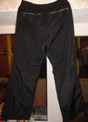 Продам женские очень теплые зимние брюки плащевка на флисе .3 фото