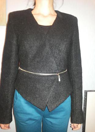 Теплый пиджак для стильной леди