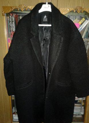Плюшевое oversize пальто