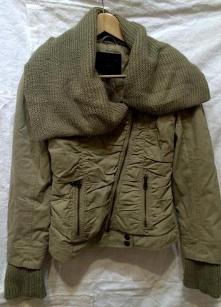 Демисезонная курточка stradivarius