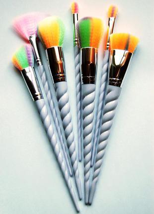 Набор для макияжа  7 шт  милых нежных кистей с ручками в виде рога единорога