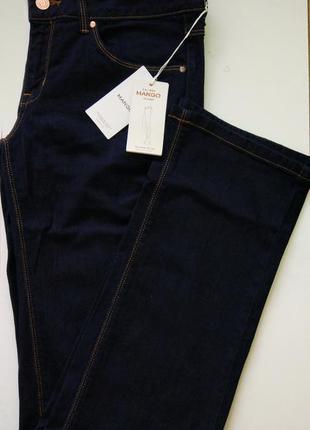 Стильные синие джинсы mango (eur40)