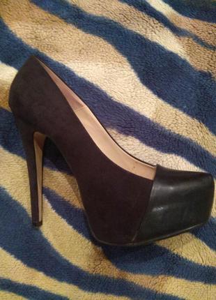 Женские туфли zara