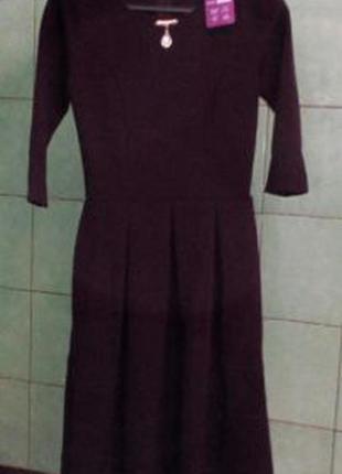 Сукня кольору марсала з прикрасою(р.44)/платье миди темно-сливового цвета с украшением2 фото