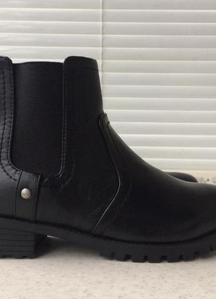 Ботинки  h&m демисезон зимние полуботинки на низком каблуке