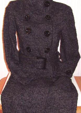Изящное пальто шерсть на разм. 42-44 (бесплатная укрпочта).