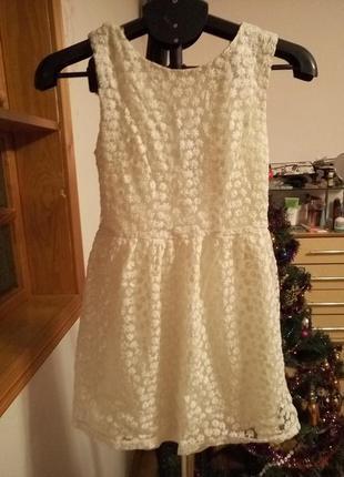 Платье ,кружево