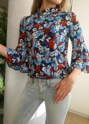 Шикарная блуза в цветочный принт, reserved