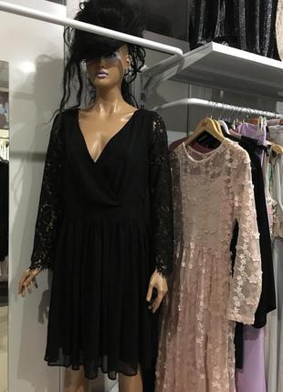Новорічний розпродаж!!! стильн сукня на запах з дорогим мереживом club l