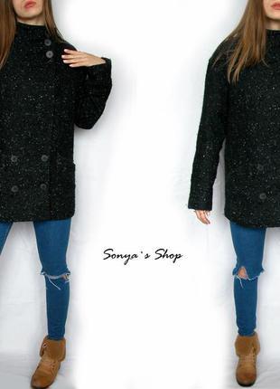 Чорне базове стильне пальто, в складі є шерсть