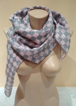 Шейный платок ,шарф, палантин, шаль ,платок  102 х 102