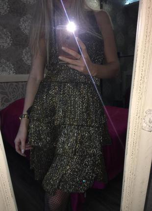 Блестящее, золоте платье