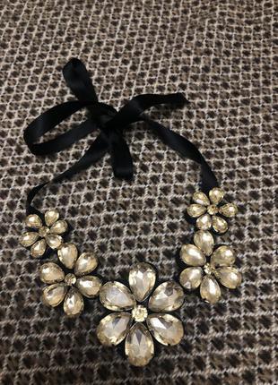 Колье ожерелье бусы цветы