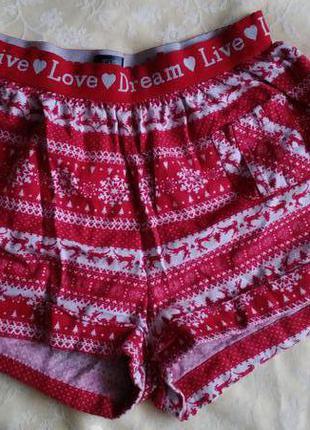 Прикольные пижамные шорты с зимним принтом