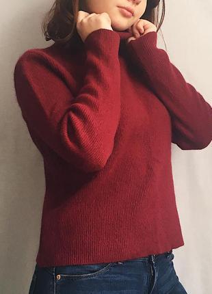 Бордовый гольф свитер в рубчик