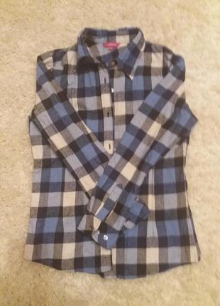 Рубашка в клеточку женская