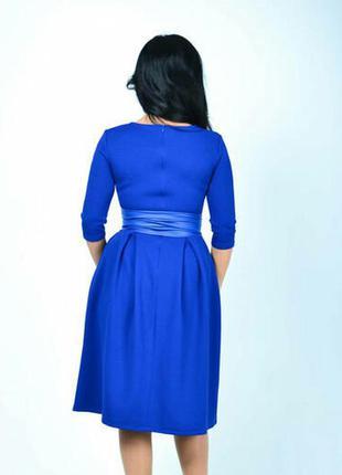 Красивое нарядное платье с поясом(44,46р-ры)/гарна сукня синього кольору
