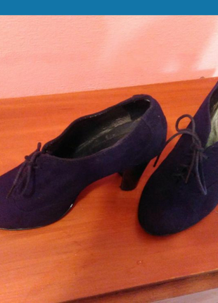 Замшевые ботиночки 38р.