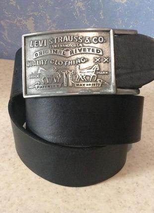 Кожаный ремень levi's оригинал 85-94 cm