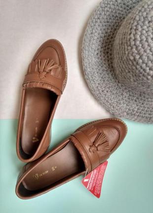 Кожаные туфли коричневые 36 размер женские лоуферы кожа v by very