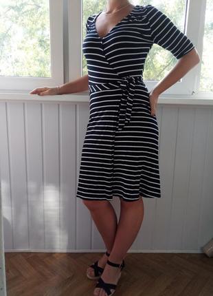 Полосатое летнее платье с запахом h&m.