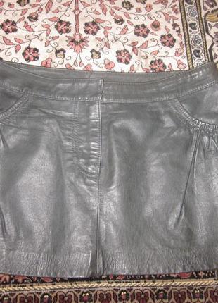 Фирменная кожаная юбка размер s.100% кожа