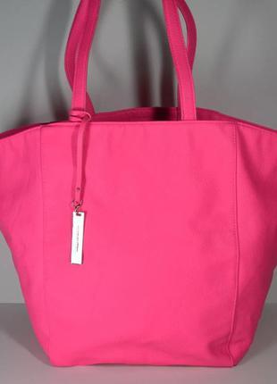 Очень стильная сумка от victoria's secret  оригинал
