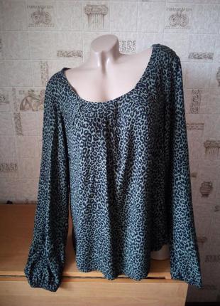 Блуза из вискозы в леопардовый принт