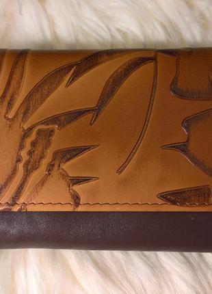 Компактный кожаный кошелёк stoneage.