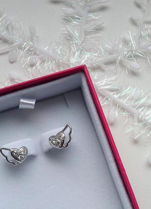 Милые серьги сердце с камнем\ под серебро